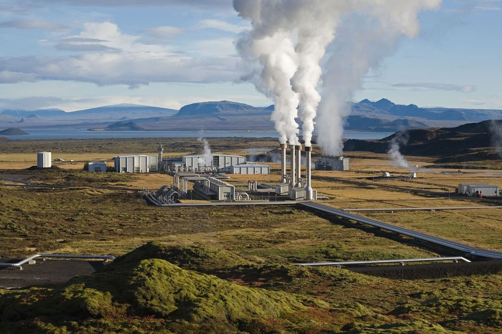 geothermal-Iceland-plant